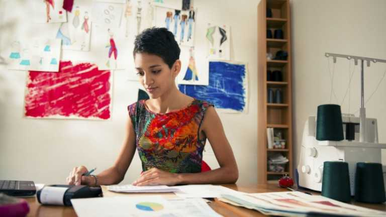 INCAE y Voces Vitales realizan conferencia para potenciar mujeres emprendedoras