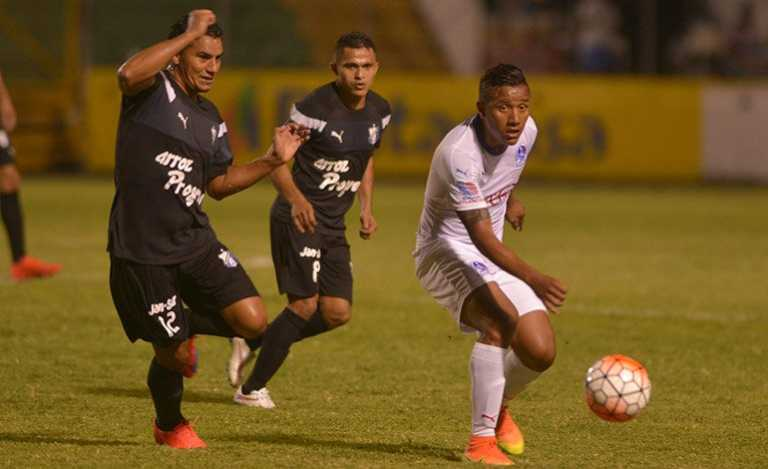 Honduras Progreso logra derrotar a Olimpia en el Humberto Micheletti
