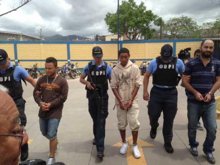 Los acusan de extorsionar taxistas en la capital de Honduras