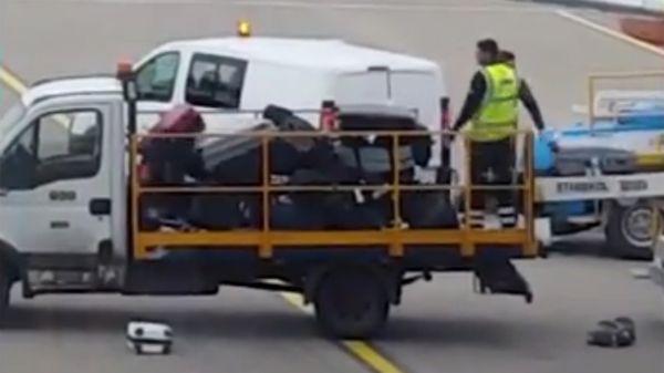 Vídeo prueba cómo maltratan los equipajes en los aeropuertos