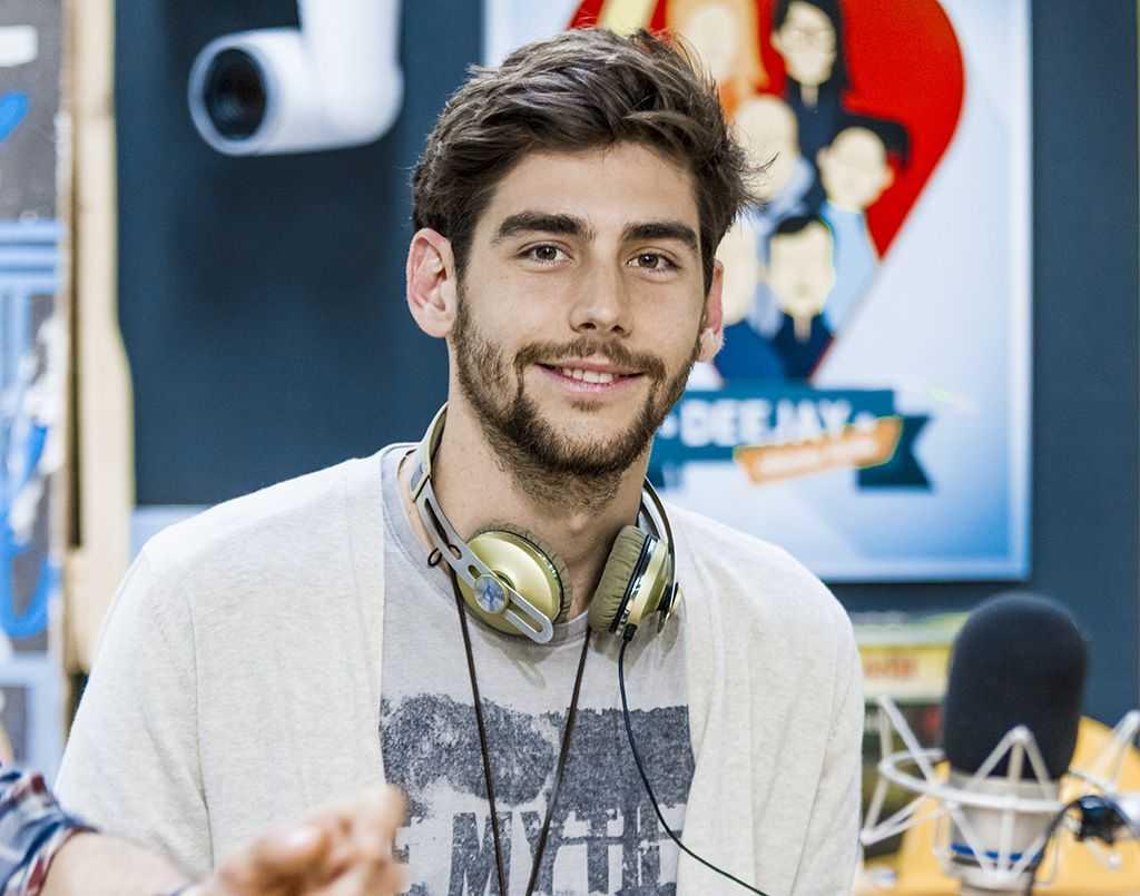 Cantante Álvaro Soler