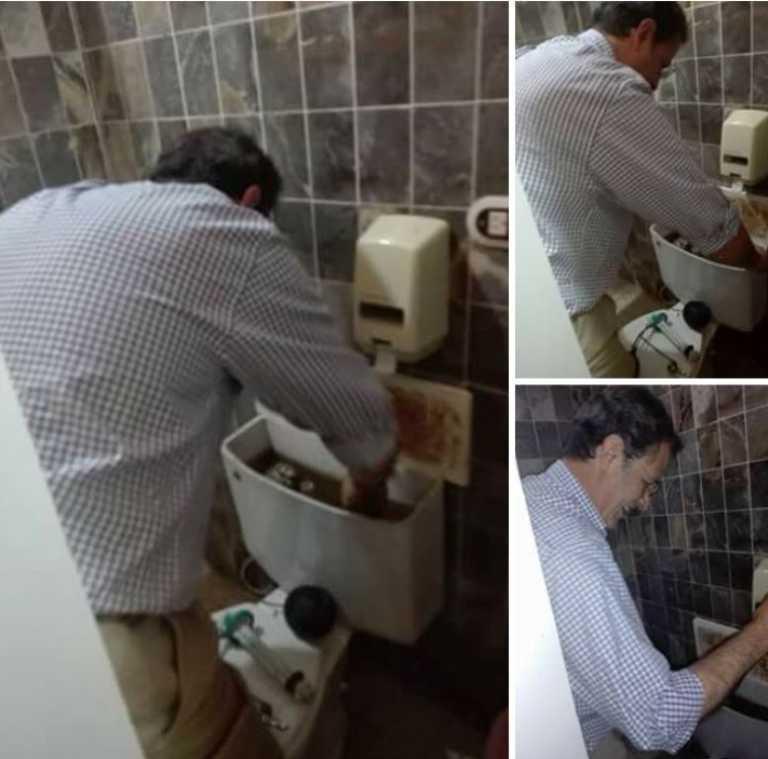 Captan a Mauricio Villeda arreglando los sanitarios del CCPL
