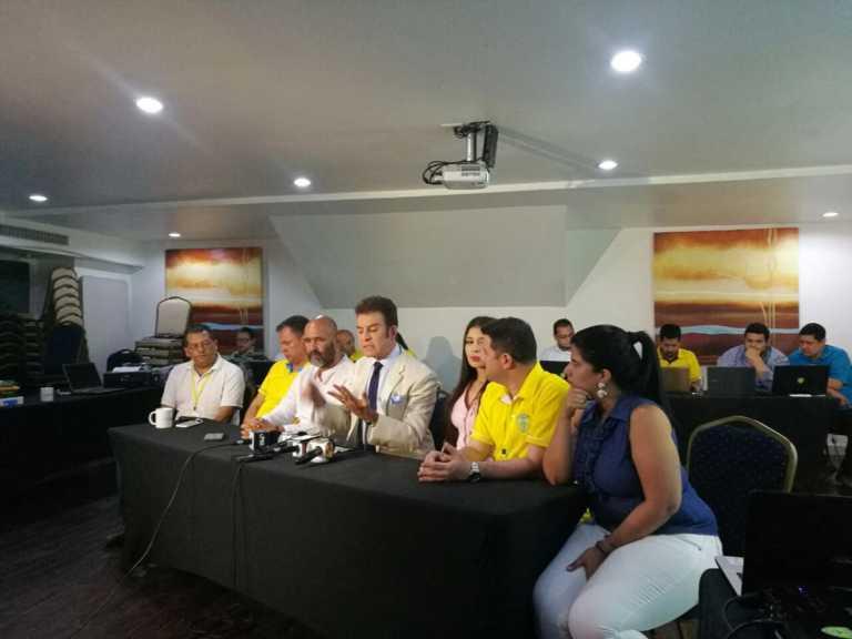 Elecciones en el PAC: Nasralla va arrasando con 99% en inicio de escrutinios