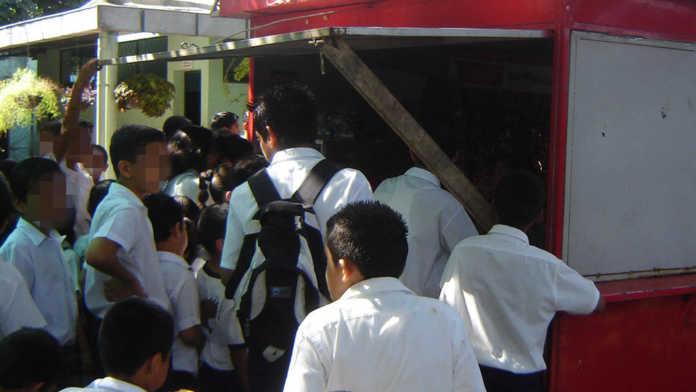 Comidas chatarras serán retiradas de los distintos centros educativos de Honduras,