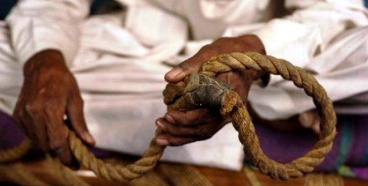 Mientras interpretaba a Judas, hombre muere ahorcado de verdad en México