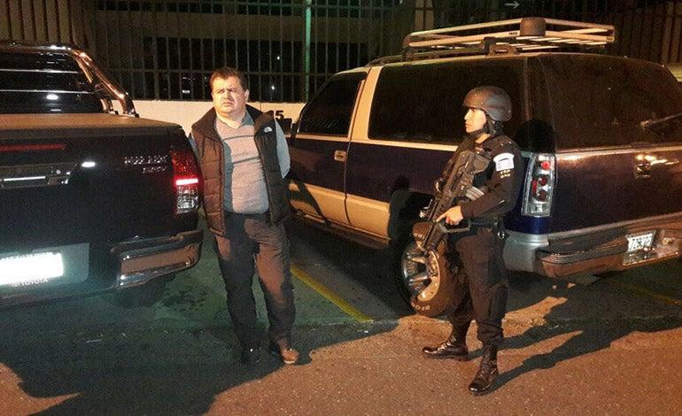 """Momento en que capturaban a """"El Rojo"""" en Guatemala"""