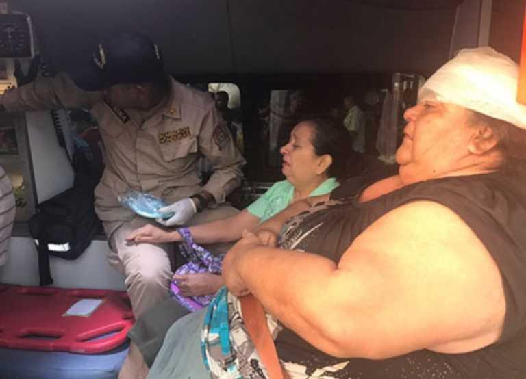 SPS: 8 personas lesionadas por choque en vehículo repartidor y «rapidito»