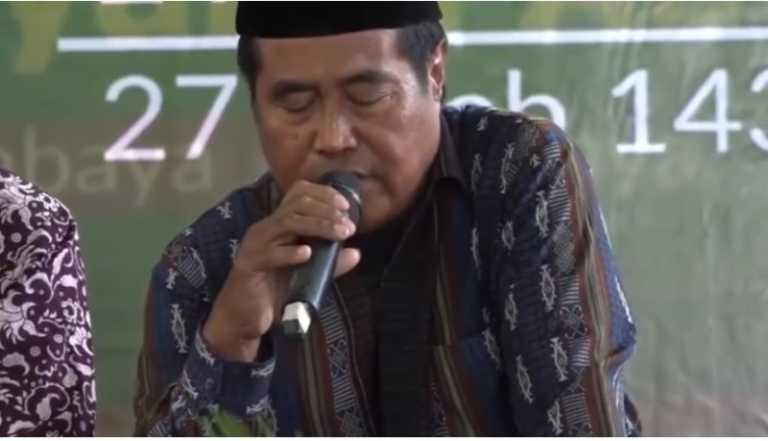 Famoso orador muere en directo mientras recitaba versos del Corán