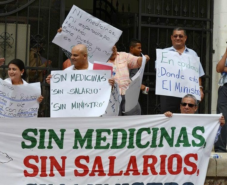 Sigue la prolongada espera por el salario en el sector Salud en Honduras