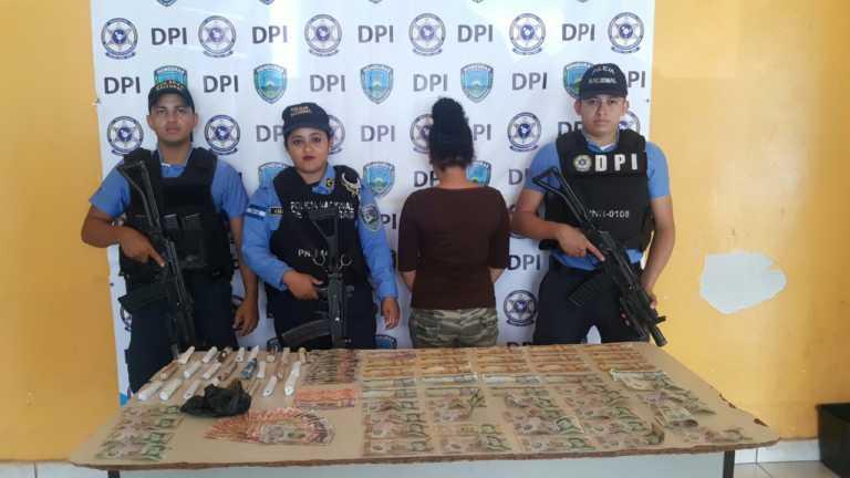 Detienen una menor en posesión de droga en Olancho