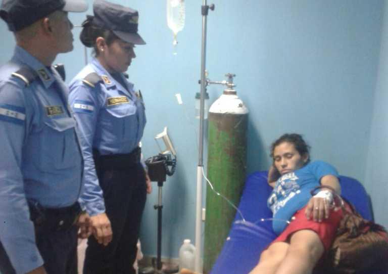 Danlí: Capturan a despiadada madre que lanzó a su bebé a una letrina