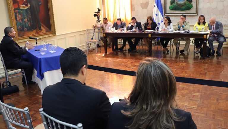 Ley Política Limpia: Concluye Tercer día de audiencias públicas