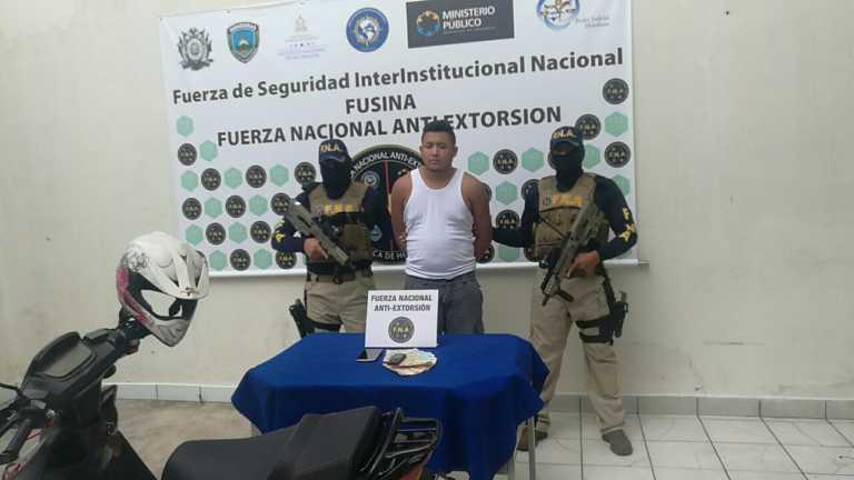"""FNA captura al """"Calolo"""" por suponerlo responsable de extorsión"""