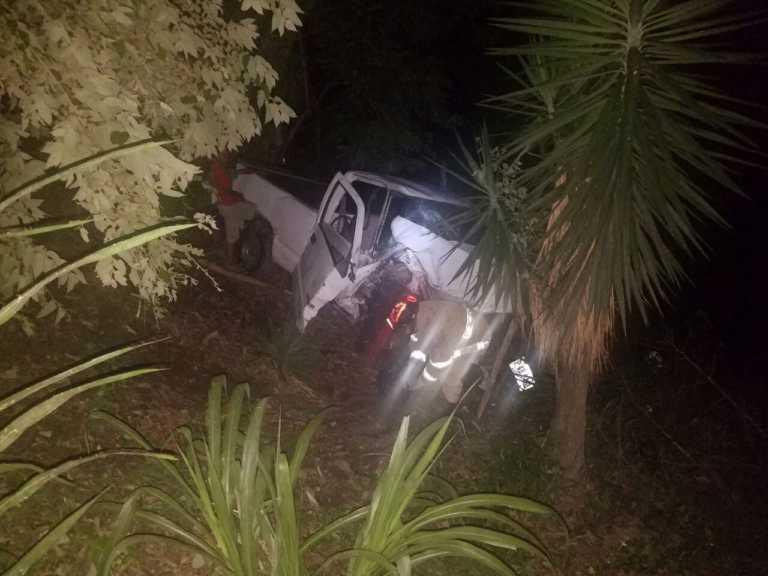 Siguatepeque: Carro cayó a una hondonada, solo daños materiales