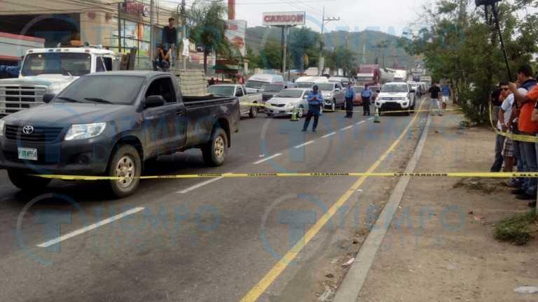 Matones ejecutan a un hombre dentro de su carro en Villanueva