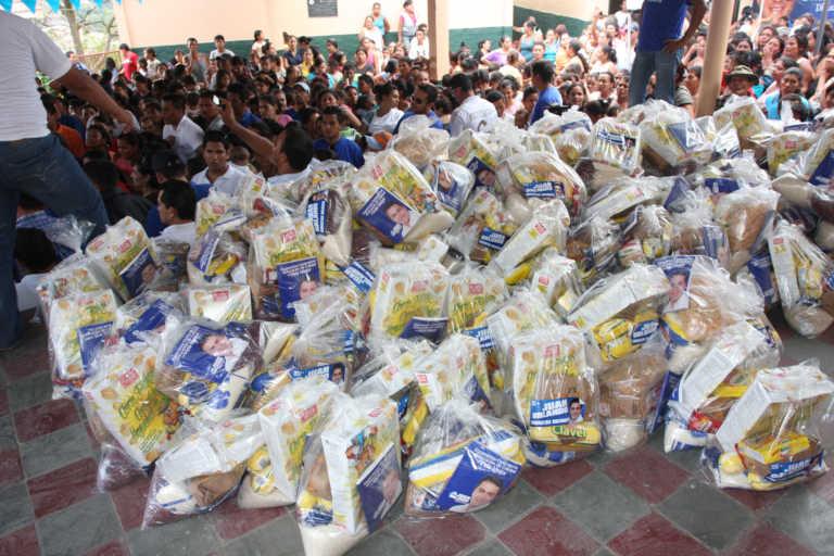 Fuerte altercado provoca la entrega de bolsa solidaria en Intibucá