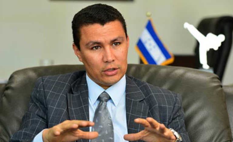 Revela Ebal: Gobierno investigará registro de la marca PAC