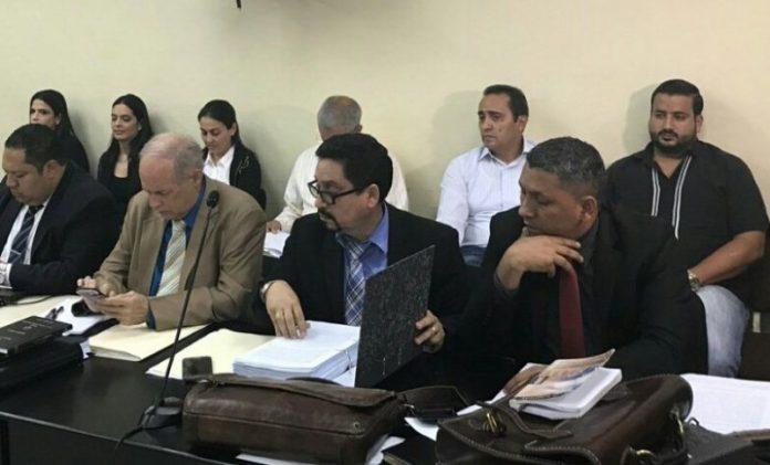 """Proceso de Conclusiones de """"Empresas de Maletín"""" en caso del IHSS continúa este domingo"""