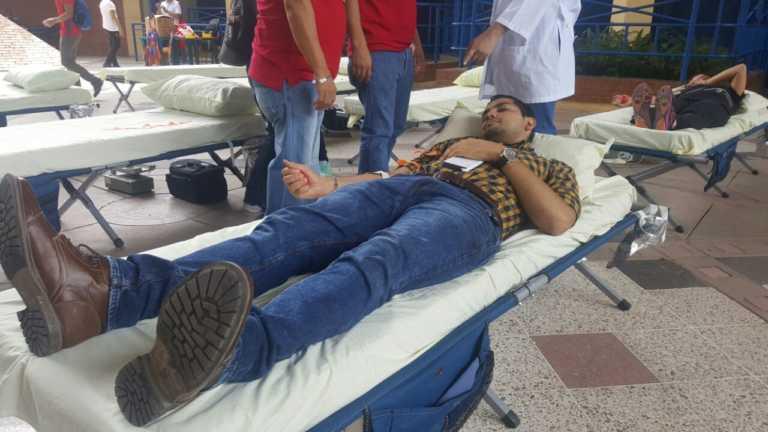HEU realiza campañas de donación de sangre en UNAH