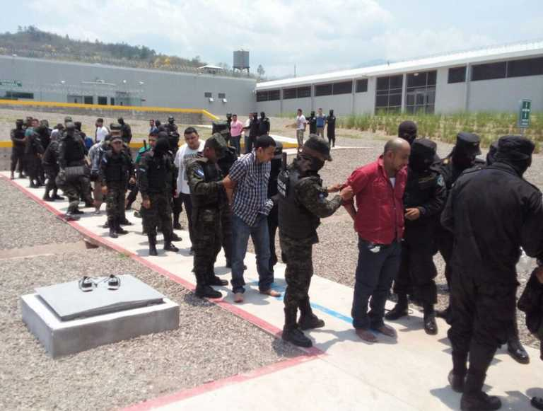 Inicia el registro bucal y de ADN de reclusos en cárceles del país