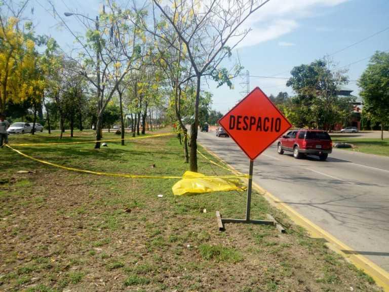 Motociclista muere atropellado frente a Zizima en SPS