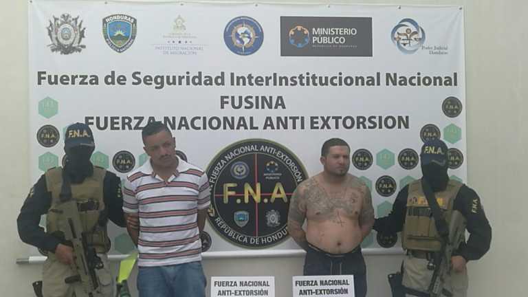 """Cae """"El Flamer"""" y """"El Bemba"""" en Tegucigalpa, por el delito de extorsión"""