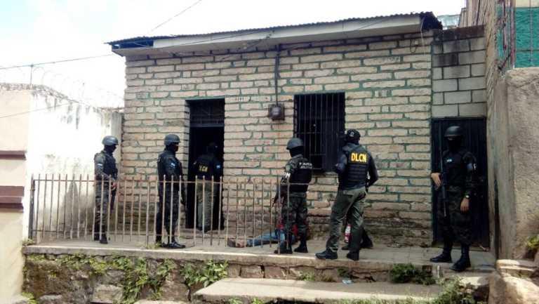 Realizan operativos en avenidas de Comayagüela contra el microtráfico de droga