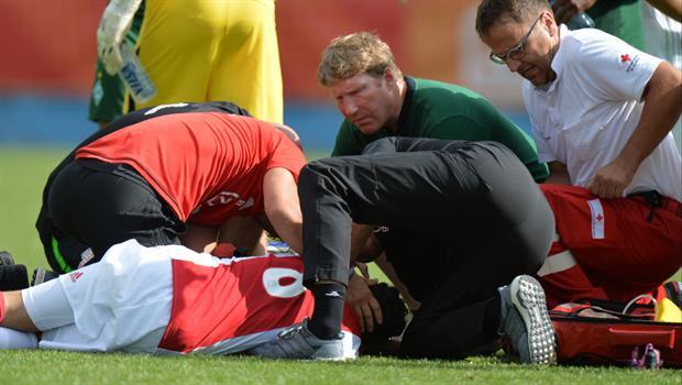 Jugador del Ajax sufre daño cerebral