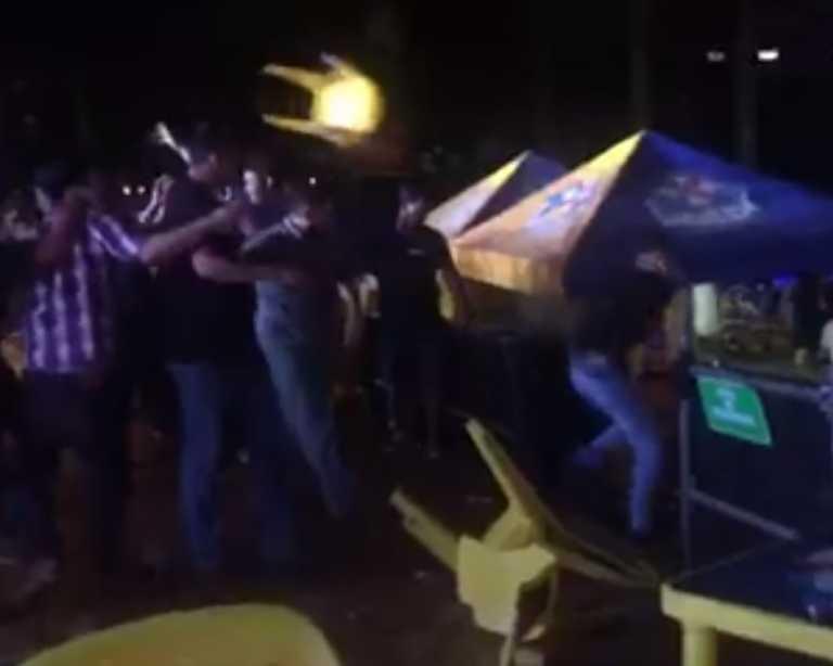 Plaza Juniana 2017: A sillazos la inauguraron y a sillazos la cerraron