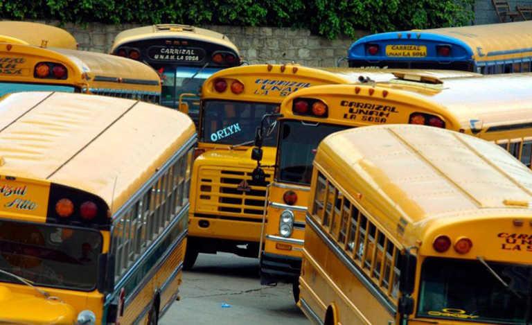 Transportistas amenazan con fuerte trancazo en precio del pasaje