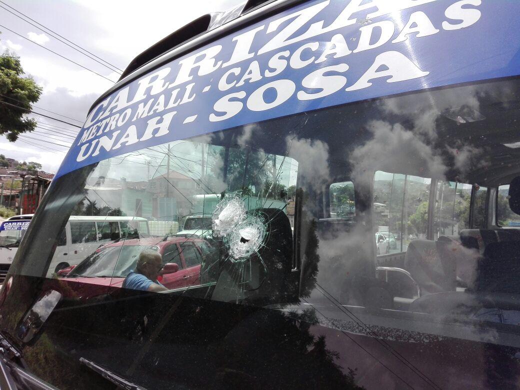 Perforaciones en la unidad de transporte público en la capital hondureña
