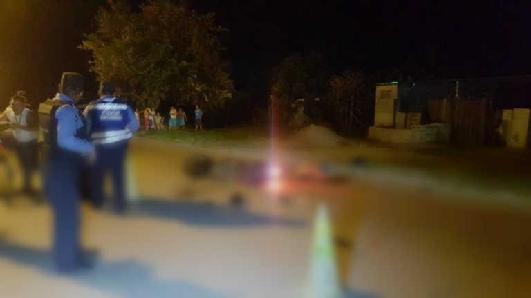Fallece motociclista al colisionar contra patrulla en SPS