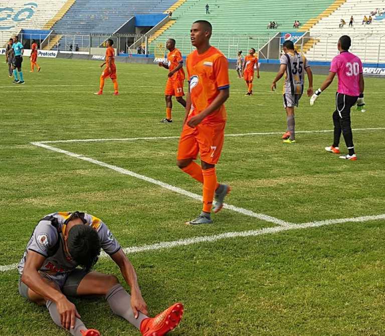 UPNFM consigue su primera victoria en el Apertura