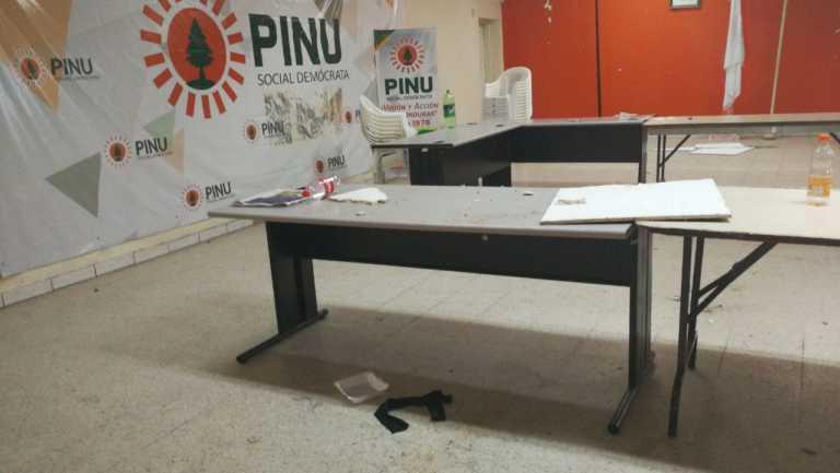 Denuncia: Saquean sede del PINU en Comayagüela