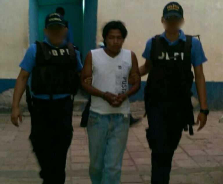 Capturan joven como presunto violador de menor de 4 años