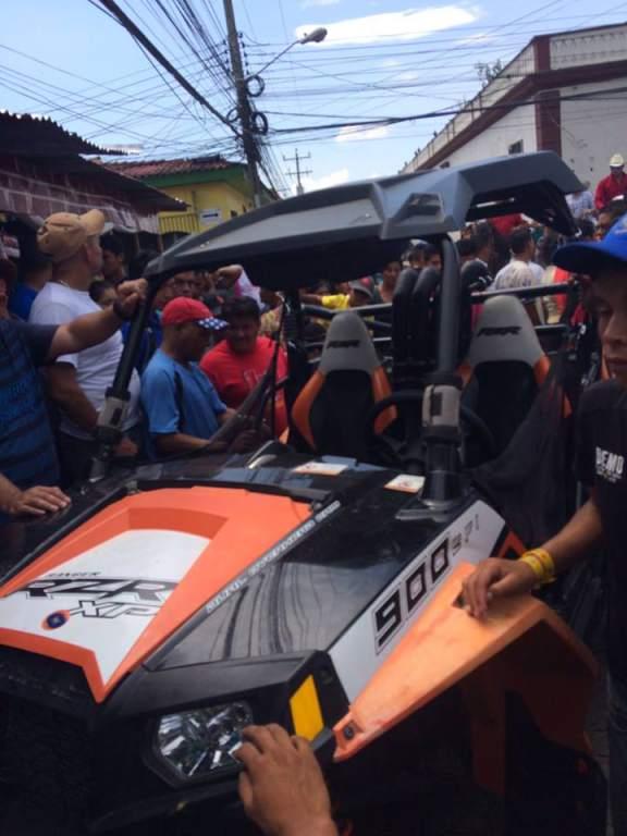 VIDEO: Mujer ebria atropella ocho personas en desfile hípico en Copán