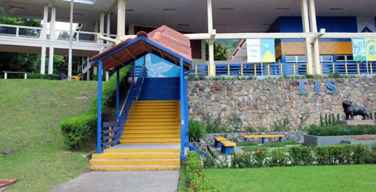 Potosí: Cobran tarifa de L. 500 por cruzar colonia a padres de la EIS