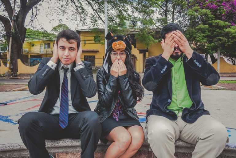 Redondel de Comediantes: Sampedranos gozan con chistes sobre Tegus