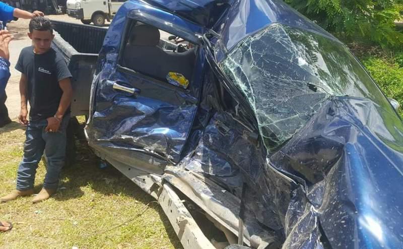 Prácticamente destruido quedó el vehículo en el que se conducía Allan Fúnez