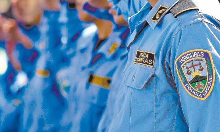 Más de cuatro mil policías depurados en menos de dos años