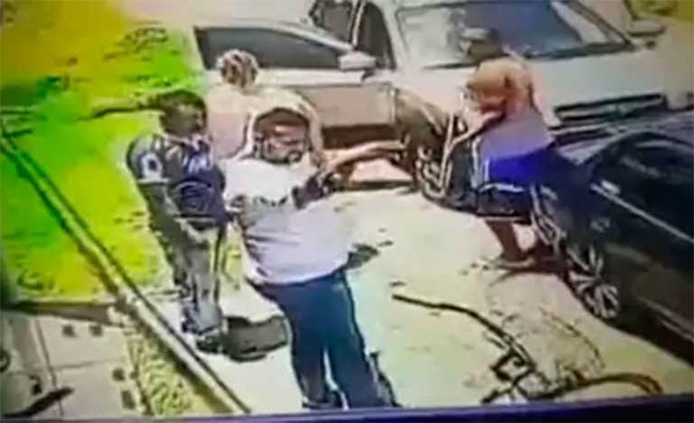 No le gustó el pan que vendieron a su esposa y disparó al panadero