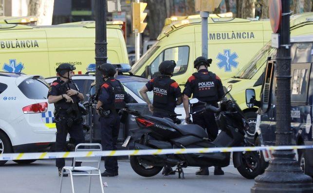 España: Un sólo agente mató a cuatro de los terroristas de Cambrils