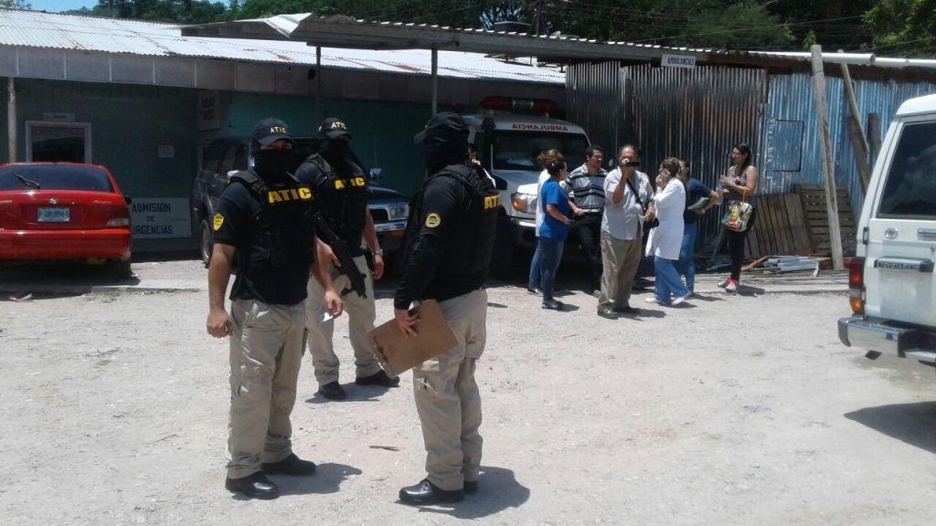 Miembros de la Agencia Técnica de Investigación Criminal (ATIC), se presentaron en las instalaciones del hospital el pasado 22 de agosto y detuvieron a varios funcionarios.