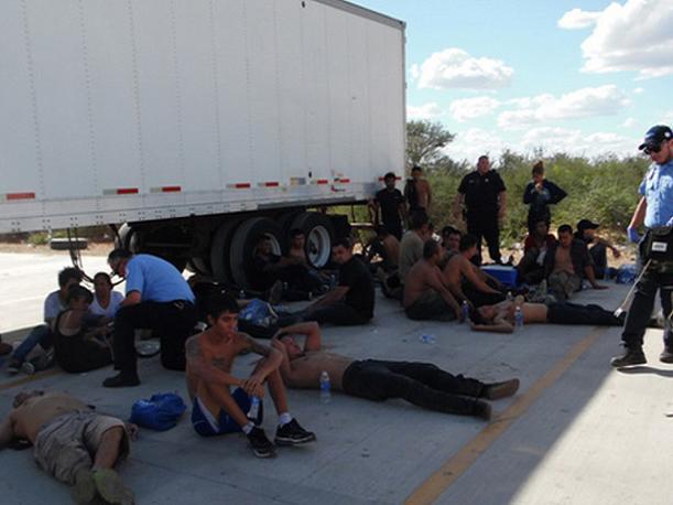 Inmigrantes hondureños se salvan de morir en frontera con EEUU