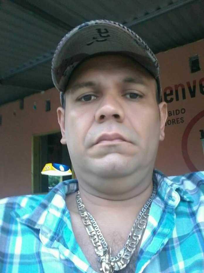 El comunicador Carlos William Flores fue asesinado a sangre fría en Omoa, Cortés.