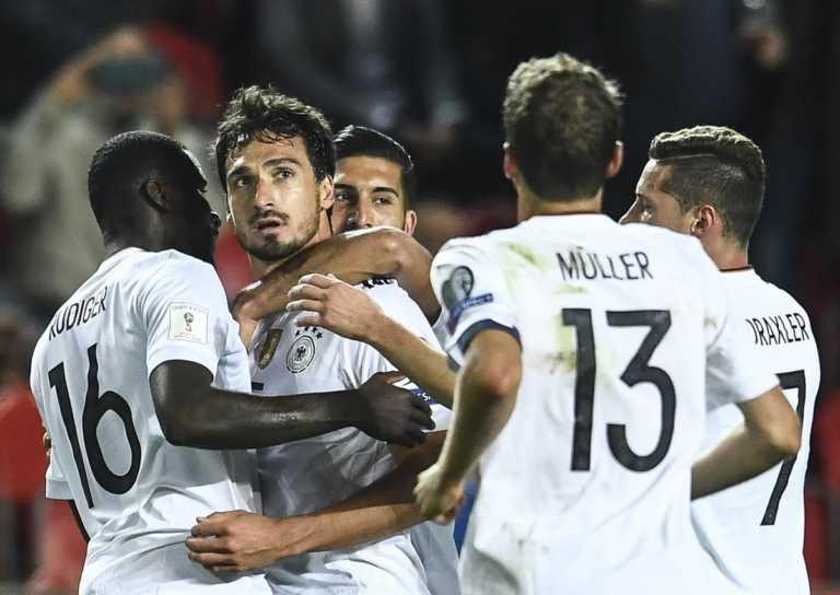 Alemania sufrió pero derrotó 2-1 a República Checa
