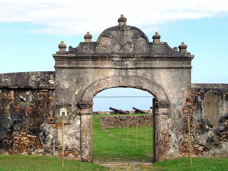 """Denuncian abandono de """"El Castillo"""", Patrimonio Nacional en Trujillo"""