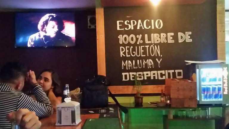 Bar ofrece a su clientela un espacio 100 % libre de reggaetón