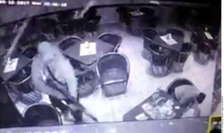 VIDEO: asesinan a cinco personas en bar de Guanajuato