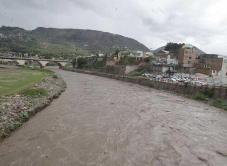Desaparece un joven en las aguas del río Choluteca